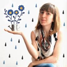 Aida Tejero salió de la facultad de Bellas Artes de Barcelona con su título bajo el brazo, para poco después cursar estudios de diseño, donde se introdujo en el mundo de la imagen gráfica y la ilustración. Desde entonces se divierte componiendo y creando nuevas imágenes y desarrollando un lenguaje visual propio que utiliza como medio de expresión. Sus ilustraciones, que dan un cierto aire poético a lo cotidiano y que se conjugan a menudo con las palabras, han sido plasmadas en cuentos infantiles, carteles,