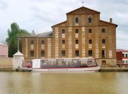 Fábrica de Harinas de Medina de Rioseco y en la Embarcación Turística Antonio de Ulloa