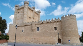 Visita y concierto en el Castillo Fuensaldaña